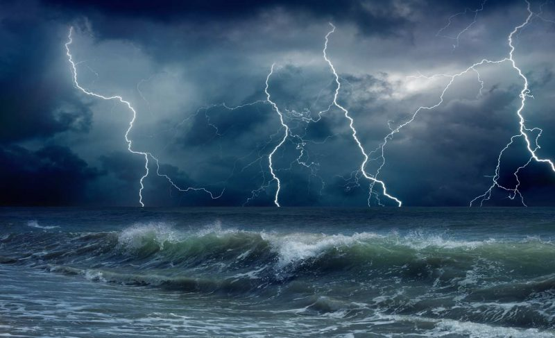 Energy from ocean waves possible power source for submerged data centers